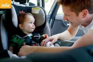 Sai lầm thường gặp khi sử dụng ghế ngôi ô tô trẻ em