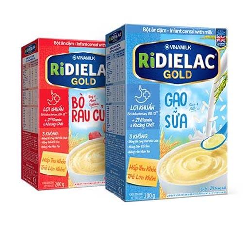Bột ăn dặm Ridielac Gold có nhiều hương vị giúp đa dạng các bữa ăn dặm của bé